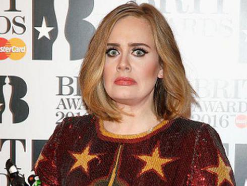 Extraña imagen de Adele está asustando a sus fans ¿Ya la viste?