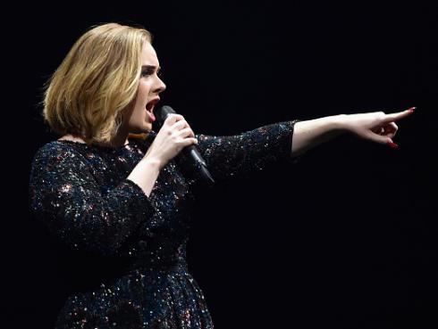 Adele mando a volar a productor de David Bowie tras criticar su voz [VIDEO]