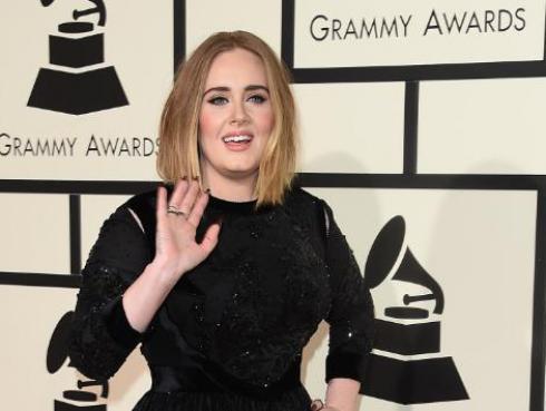 Adele confiesa qué hizo tras desastrosa presentación en los Grammy