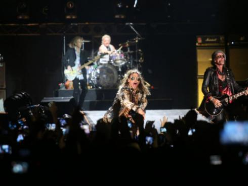 Aerosmith revivió clásico 'I don't  wanna miss a thing' en concierto en Lima [VIDEO]