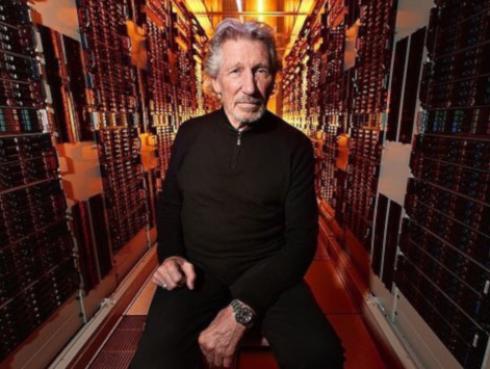 Alistan película del tour 'Us + Them' de Roger Waters