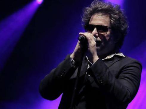 ¡Andrés Calamaro se viene con nuevo disco en diciembre!