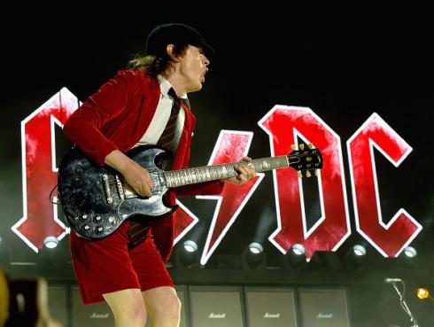 ¿Angus Young anuncia el fin de AC/DC?