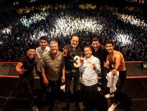 Así festejó Rio sus 35 años de trayectoria musical, gracias a Radio Oasis [VIDEOS Y FOTOS]