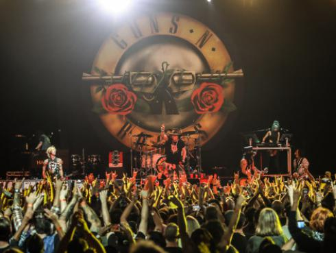 Así fue el encuentro entre Jason Momoa y los músicos de Guns N' Roses