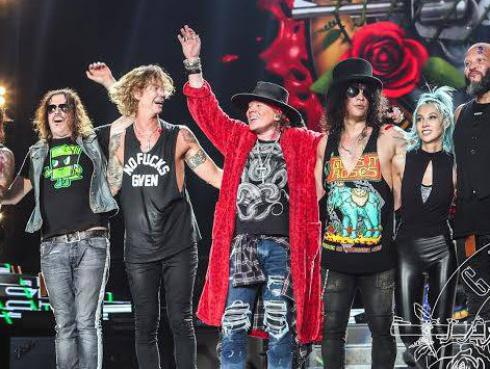 ¿Cuánto dinero ha recaudado Guns N' Roses hasta el momento con su tour 'Not In This Lifetime...'?