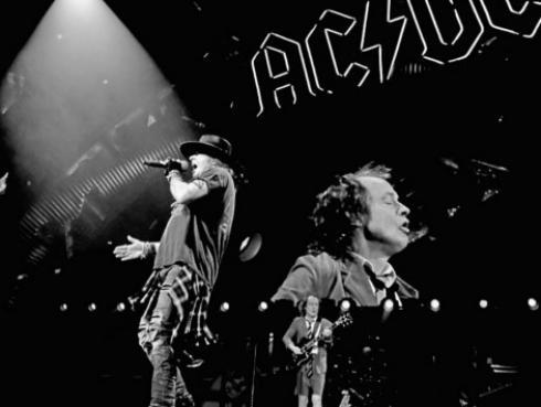 Axl Rose estaría trabajando en nueva producción de AC/DC