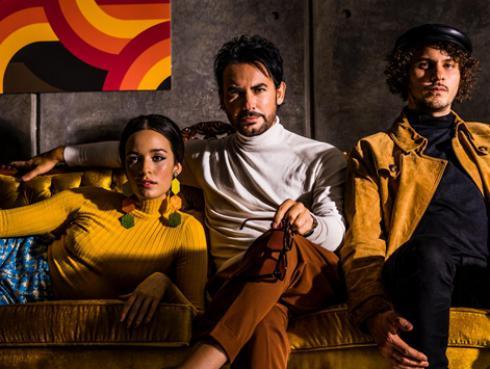 Beto Cuevas lanza su nueva canción 'Rosas en el lodo' a dueto con Monsieur Periné