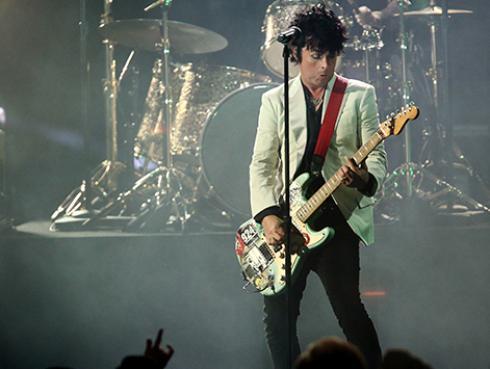 Billie Joe Armstrong escribió seis canciones para Green Day en sus días de cuarentena