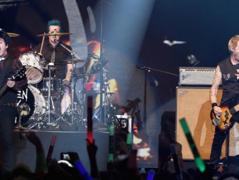 ¿Green Day aterrizó en marte?