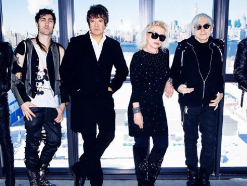 Blondie estrenó videoclip de 'Doom or Destiny'