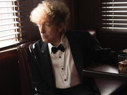 Bob Dylan abrirá local de música y destilería en Nashville