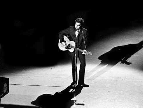 Bob Dylan: Timothée Chalamet protagonizará biopic del mítico cantante