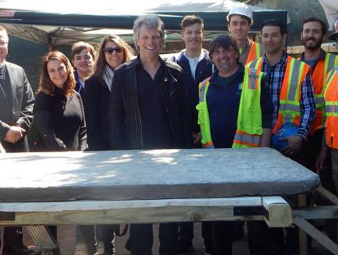 Bon Jovi y su esposa ayudaron a salvar una pieza histórica en EE.UU.