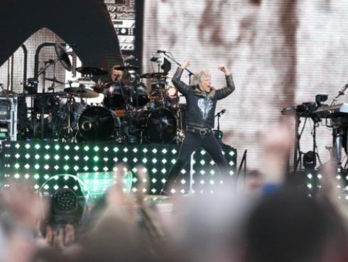 Bon Jovi regresa por todo lo alto a España