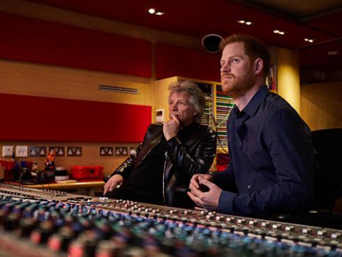Bon Jovi y el príncipe Harry estrenaron nueva versión de 'Unbroken'