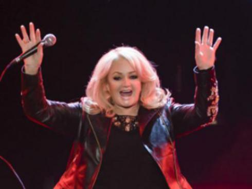 'Total Eclipse of the Heart' de Bonnie Tyler aumentó sus ventas gracias a eclipse solar