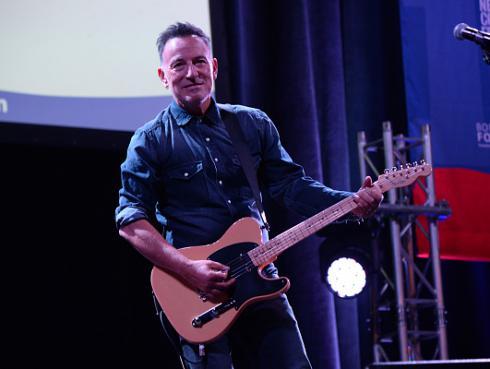 Bruce Springsteen reveló la lista de canciones que llevaría a una isla desierta