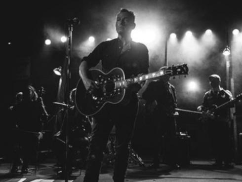Bruce Springsteen y Madonna buscan el primer lugar en ventas en Reino Unido