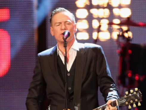 Bryan Adams donó fotos exclusivas para exhibición en evento benéfico