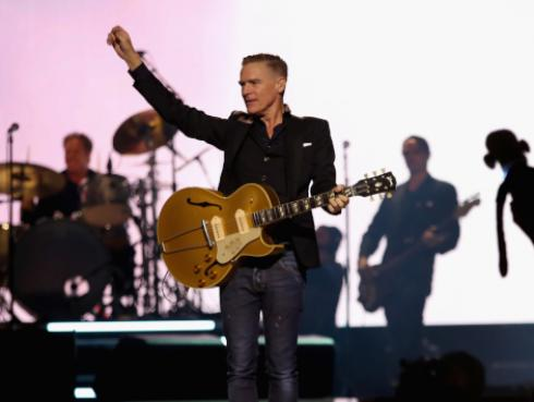 Bryan Adams dedicó tema al director del musical 'Pretty Woman' [VIDEO]