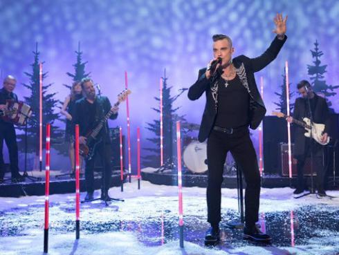 Cameron Díaz ayudó a Robbie Williams a enamorar a su esposa
