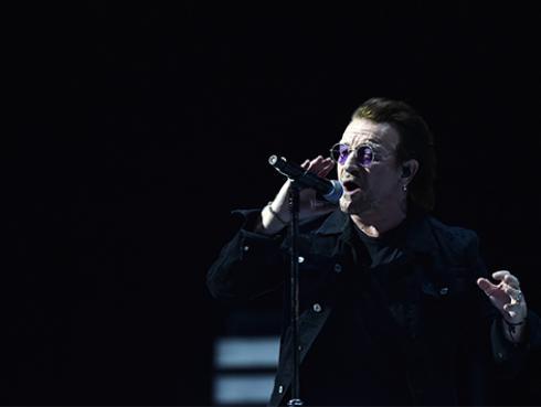 Cantante colombiano conquistó a Bono, de U2, con su música