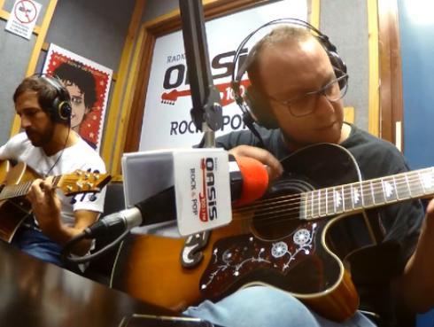 #Fogatera: Celebramos el cumpleaños de Fito Páez con cover de '11 y 6' [VIDEO]