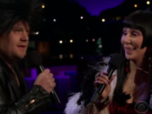 Cher revivió clásico 'I Got You Babe?' junto a James Corden [VIDEO]