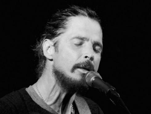 Músicos alrededor del mundo lloran la muerte de Chris Cornell