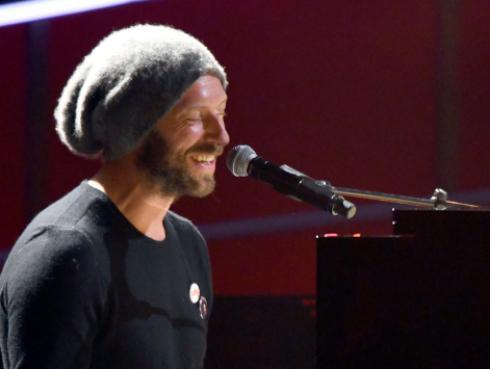 Publicarán la canción inédita de Avicii con Chris Martin