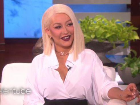 Christina Aguilera cantó como Whitney Houston, Madonna, Adele y más [VIDEO]