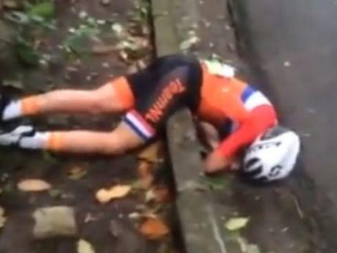 Ciclista sufre brutal caída en plena competencia en Río 2016 [VIDEO]