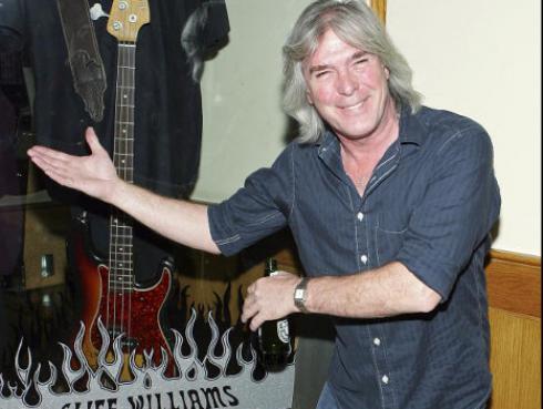 Cliff Williams confirma retiro de AC/DC y de la música con emotivo video