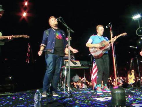 Coldplay y James Corden presentaron potente cover de 'Nothing Compares 2 U' de Prince [VIDEO]