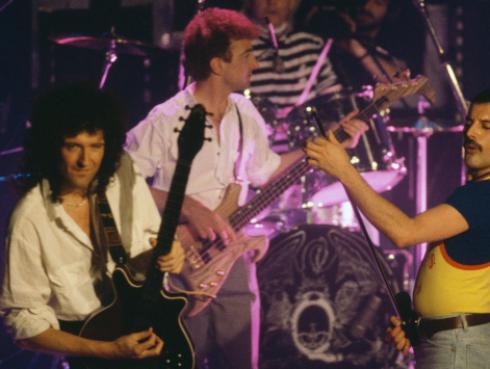 ¿Cómo surgió la canción entre Queen y David Bowie?