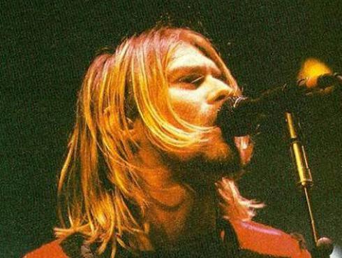 ¿Con qué canción recuerda Dave Grohl a Kurt Cobain?