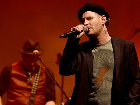 Corey Taylor hizo cover de 'China girl' de David Bowie [VIDEO]