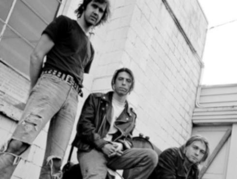 Nirvana inspiró a baterista de Foo Fighters