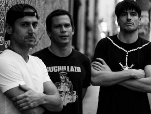 Cuchillazo pide apoyo a los fans para viajar al Cosquín Rock en Argentina