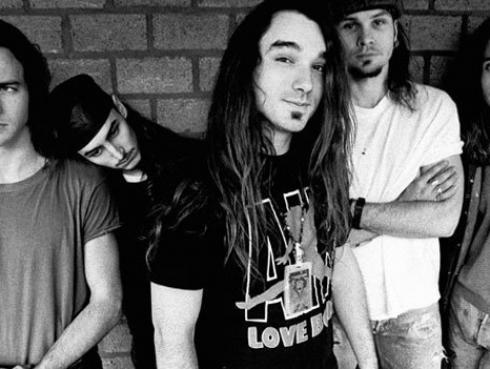 Dave Abbruzzese lanza nueva indirecta a Pearl Jam por no ser incluido en el 'Salón de la fama del rock & roll'