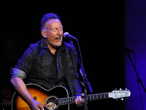 Efemérides: Bruce Springsteen lanzó los discos Lucky town y Human touch en 1992