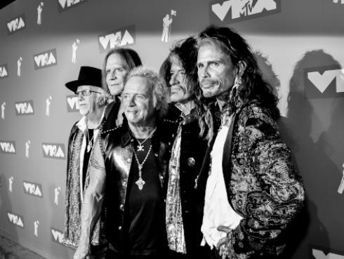 Efemérides: 'Crazy' de Aerosmith fue lanzada hace 25 años