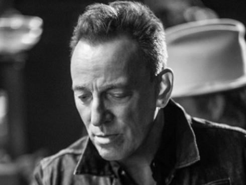 El hijo menor de Bruce Springsteen cumple su sueño de convertirse en bombero