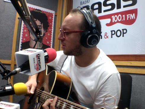 #Fogatera: El Marshall tocó 'Your body is a wonderland' de John Mayer [VIDEO]