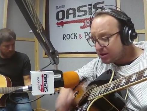 #Fogatera: El Marshall y Piccini interpretaron 'Never Tear Us Apart', de INXS