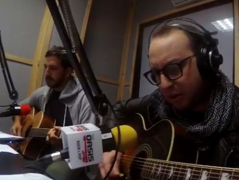 #Fogatera: El Marshall y Piccini interpretaron 'Puente', de Gustavo Cerati