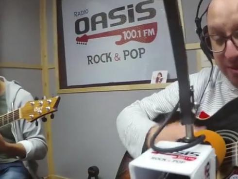 #Fogatera: El Marshall y Piccini interpretaron 'Antonia', de Gondwana