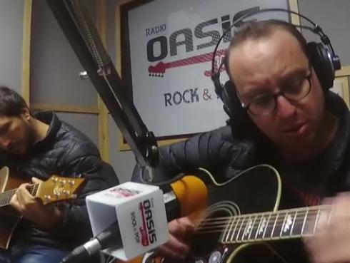 #Fogatera: El Marshall y Piccini interpretaron 'Something', de The Beatles