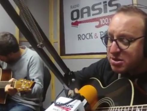#Fogatera: El Marshall y Piccini interpretaron 'Jealous Guy', de John Lennon